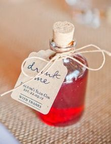 alcohol wedding favour
